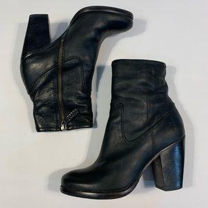 Frye Patty Artisan ZIP Boots Black 7